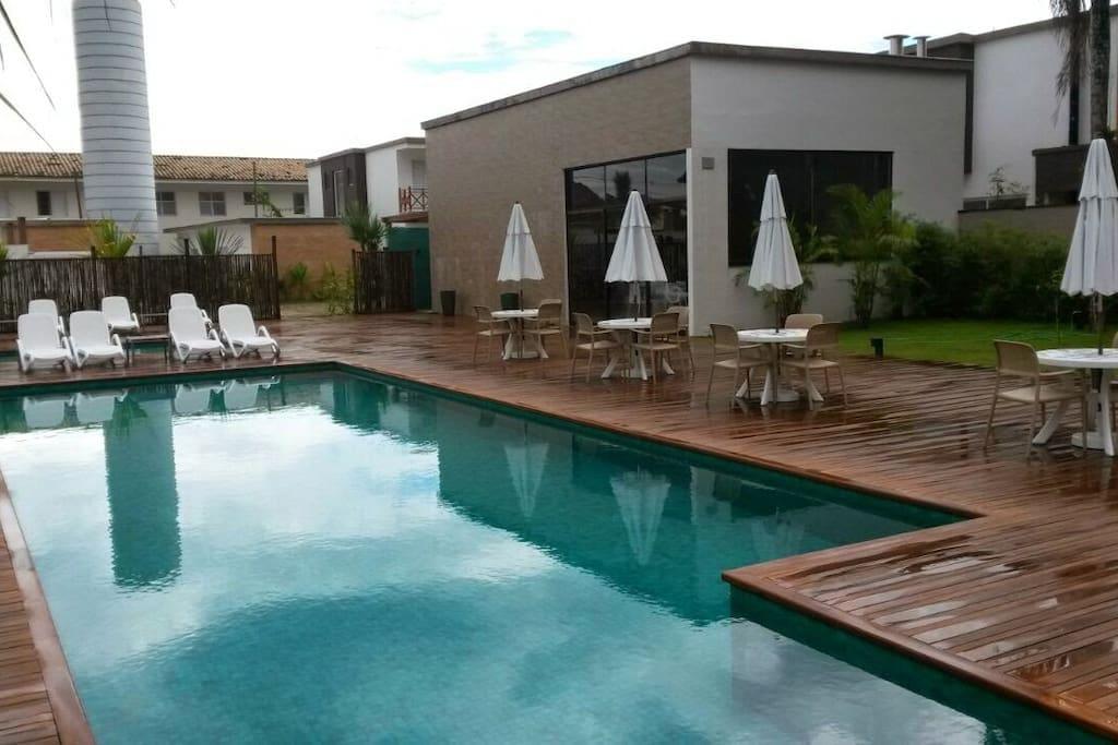 piscina - condominio