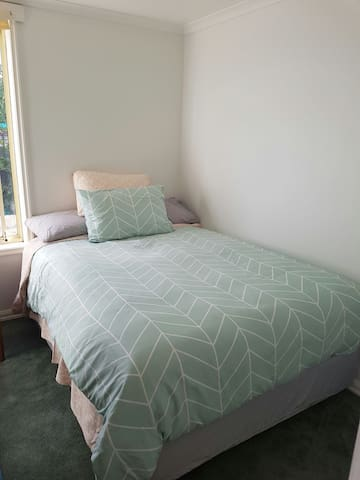Comfy double room in charming home - Mount Pleasant