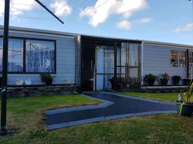 Cozy self contained studio - Auckland - Bed & Breakfast