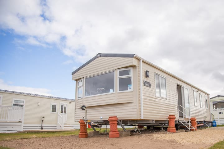 Luxury caravan to let
