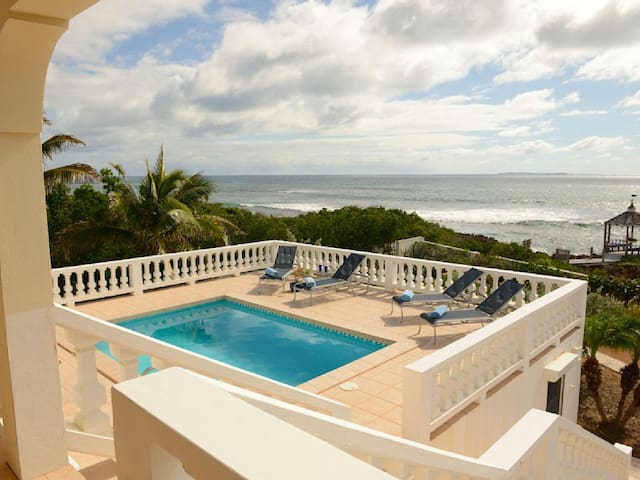 Lockrum Point - Ideal for Couples and Families, Beautiful Pool and Beach - Lockrum Bay - Villa
