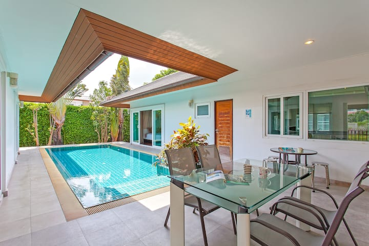 ⭐Summer Sands | 3BR Beach & Pool Villa in Pattaya