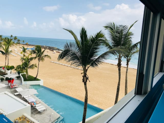 Ocean Blue Apartment