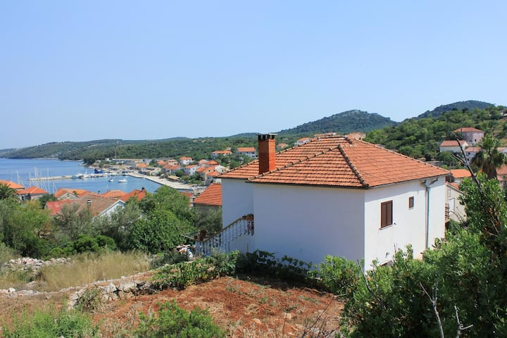 Two bedroom apartment with terrace and sea view Sali, Dugi otok (A-883-a)