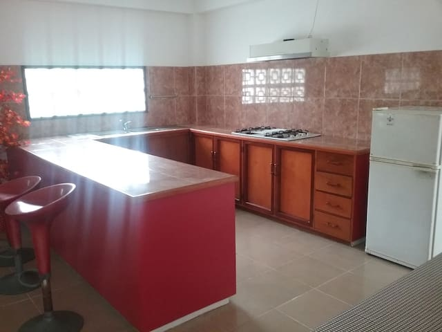 Spacious And Fully Alarm Secured! - Suva - Casa