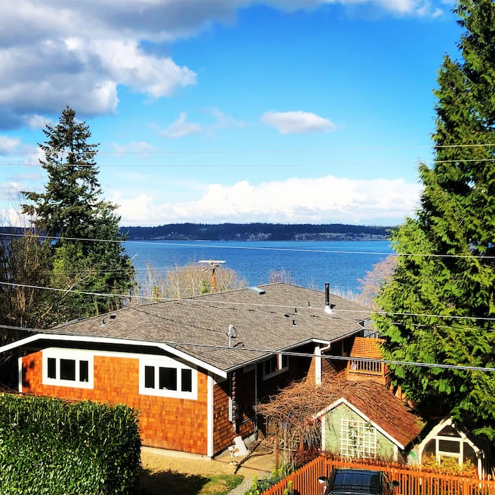 Whidbey Isle Cozy Guest Suite - 3 blocks to water