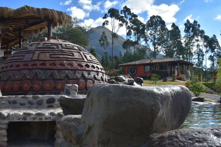 Casa Suaya La Esperanza. Killa Wasi