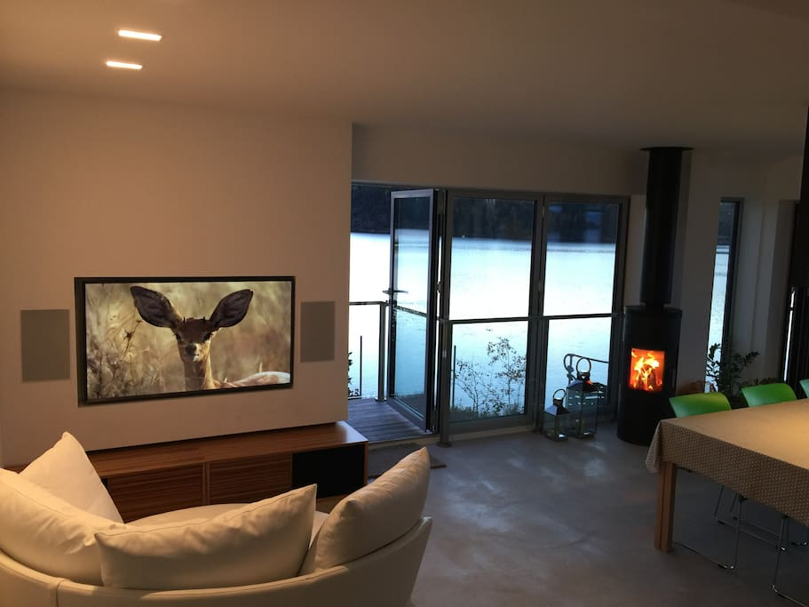 "Fireplace, comfortable sofa and 4K ultra HD 55"" TV for cool evenings. Watch movies from ViaPlay, Netflix, HBO or Mubi."