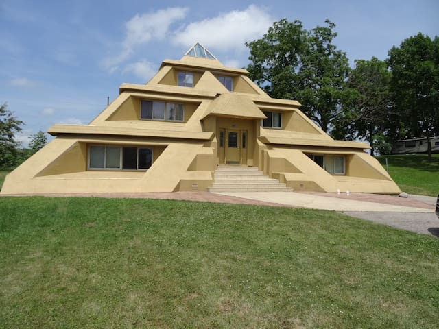Pyramid House:   2,000 Sq Ft  -  2 BR Suite