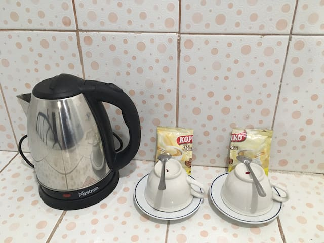 Electric Kettle is provided