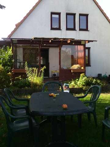 Holiday home for families, pets or fitters - Adendorf - Dům