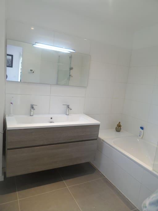 Salle de bain-Suite parentale