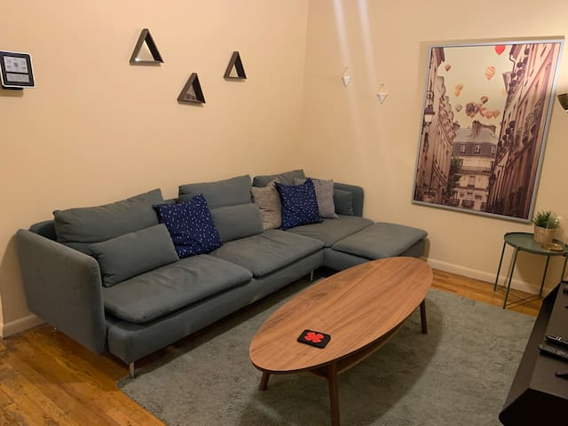 Sunny West Village Private Entrance 1 Bedroom