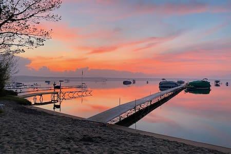 Spectacular Higgins Lakefront home