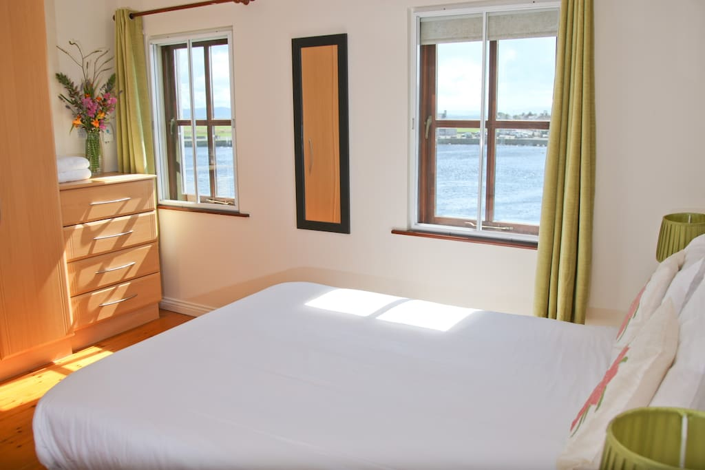 Panoramic king size double sea view room
