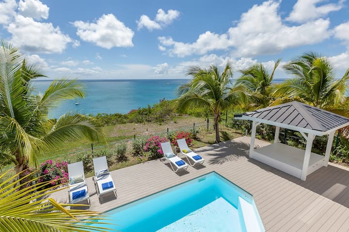 Sea Dream - villa between Happy and Friar's Bay with pool