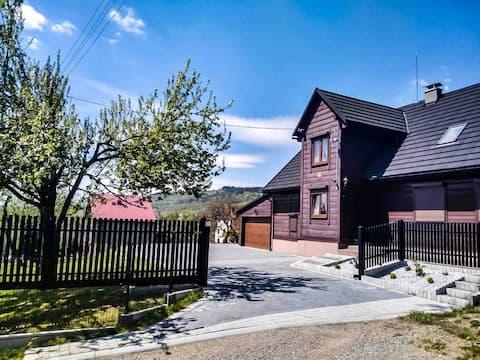 Dom drewniany Beskidy Kurów Suski