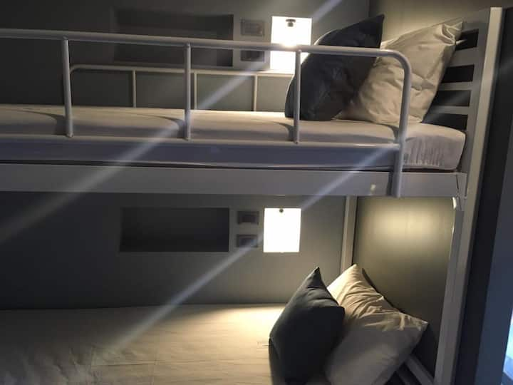 The August Hostel - Bunk Bed in Mixed Dormitory