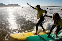 Cursos de surf en Sopelana