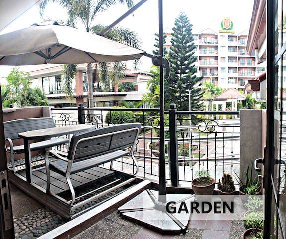 2BR unit Free access of Pool, Gym & Wi-Fi