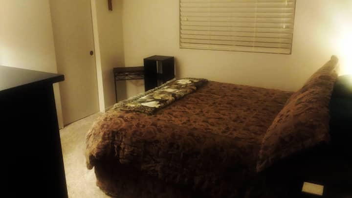 Convenient and Comfortable Bedroom, End Unit, Airy