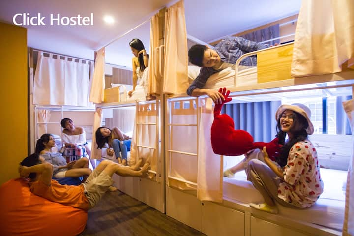 Click Hostel- 6 Bunk Beds Mixed Dormitory