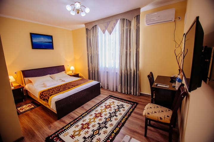ASMAN Traditional Guesthouse/FREE BREAKFAST