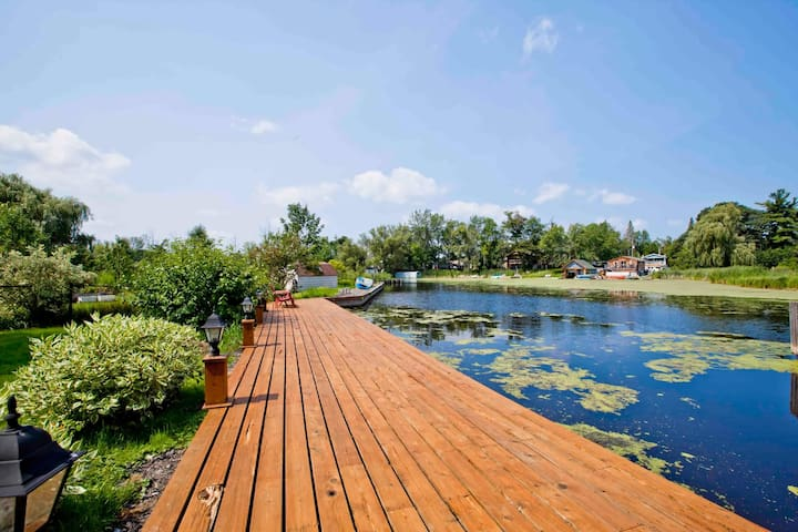 Waterfront Simcoe Cottage