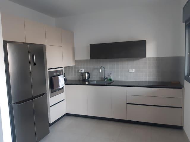 דירה חדשה בעיצוב מודרני Modern new apartment