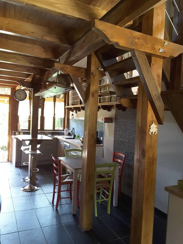 Quiétude en Auvergne,la barraque du peintre