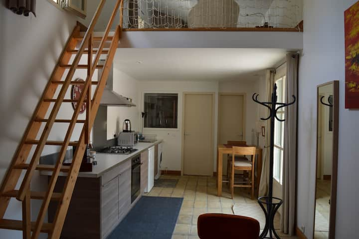 Studio climatisé 2 pers ds Château