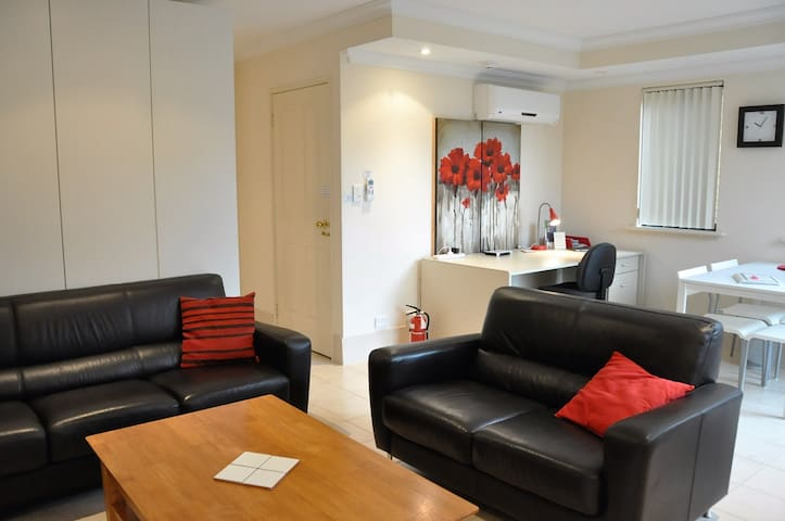 Alfred Cove Studio Apartment. - Alfred Cove - บ้าน
