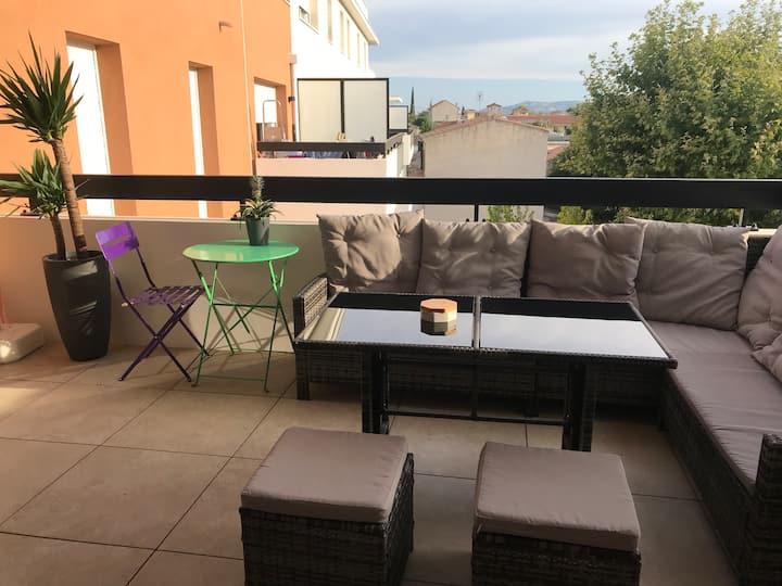 Appartement NEUF 🤩, terrasse plein SUD☀️+ Parking 🚘