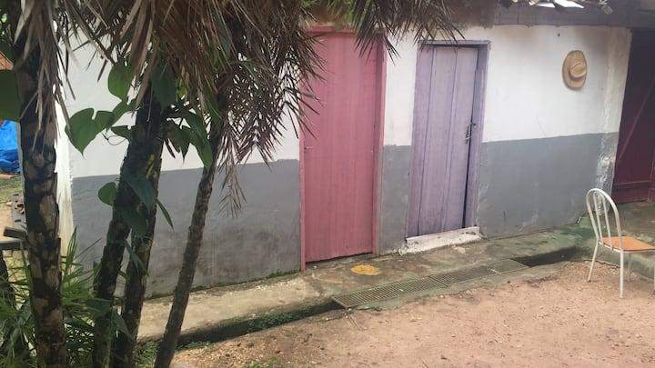 Quartos no centro de São Jorge