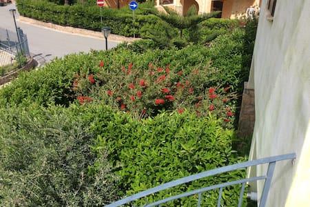 Villetta in residence con posto aut - Campofelice di roccella