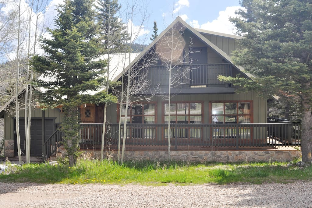 Beautiful Mountain Cabin Home On River Cabins For Rent