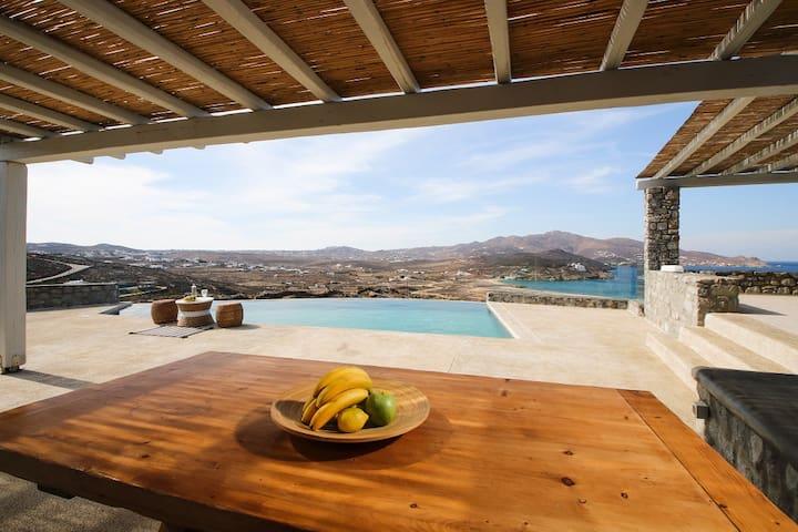 Villa Ellie, near Alemagou, private pool