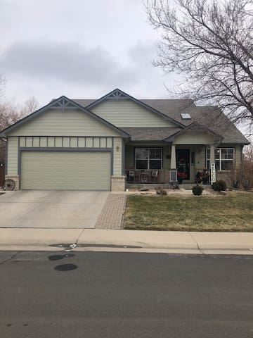Basement in Thornton with Amenities