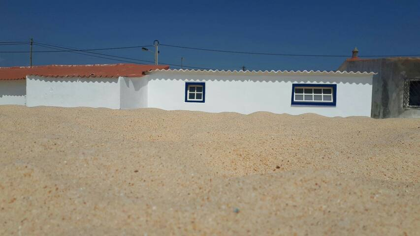 BEACH HOUSE,30 METERS FROM THE WATER