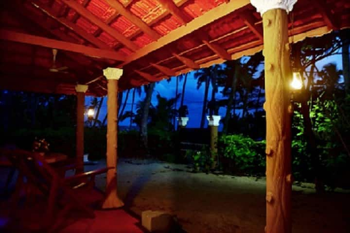 Marari Edens Beach home stay