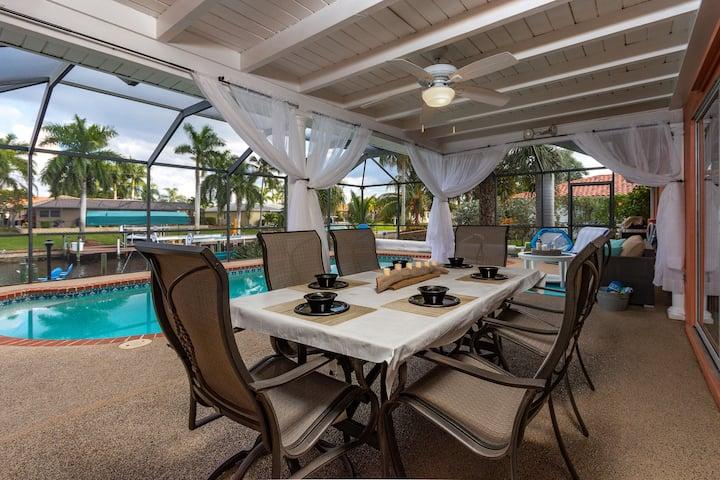 Tropical Luxury, Waterfront, Heated Pool, Hot Tub,