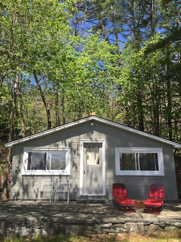 Contemporary Catskills Cabin with Swimming Pool - Glenford - Cabana
