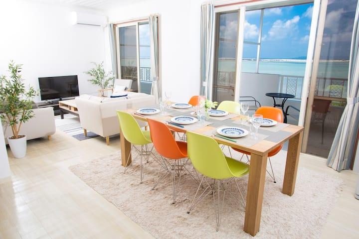 3階の全室から溢れるオーシャンビュー!表情の変わる海辺での生活を味わえるリゾートハウス。