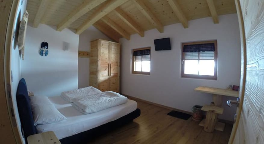 Quadruple room in Val di Fiemme - Tesero