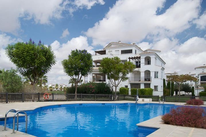 Great apartment with view of hole 10 - Roldán - Appartamento