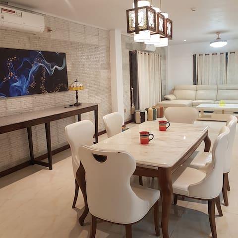Open Dinning Area