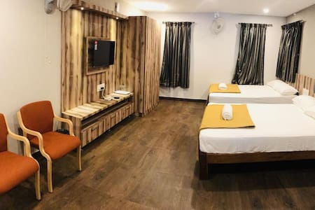 Deluxe Quadruple Room with Balcony at Somwarpet Karnataka