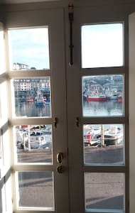 Duplex in Luarca Harbour. 4 beds,expandable to 5. - Luarca