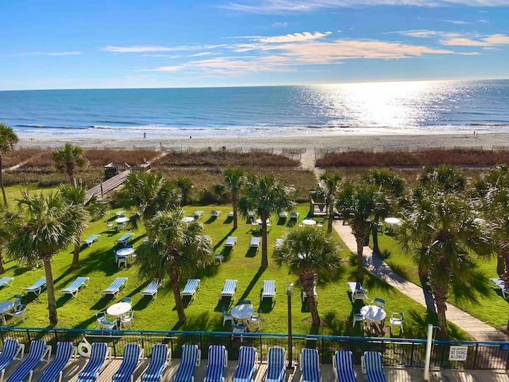 Boardwalk Resort-POOL OPEN/OCEANFRONT View/kitchen