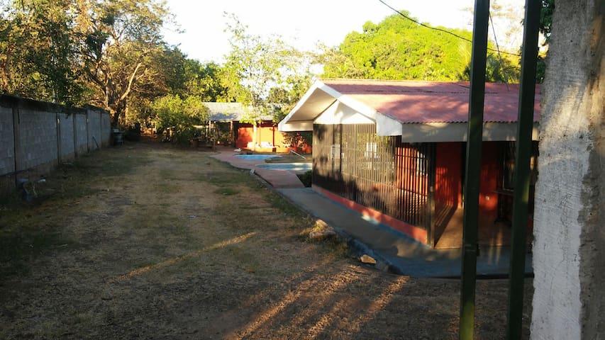 Casa Fanny Playa a 10 min de Caldera